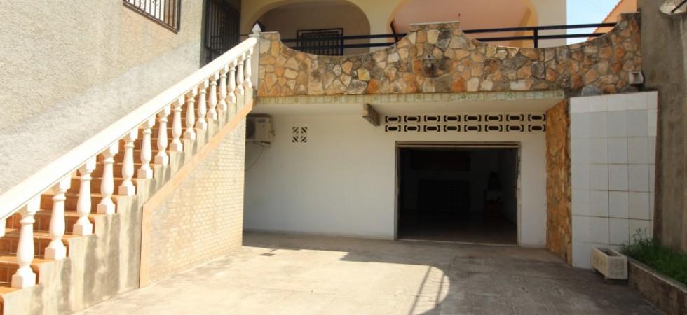 Chalet independiente en zona de Chiva